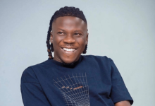"Photo of Stonebwoy's song ""Putuu"" is a trash – Music Producer blasts"